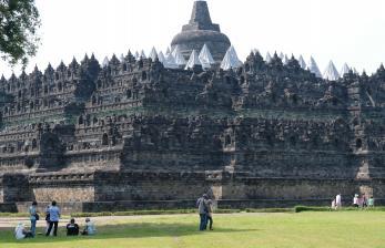 Candi Borobudur Ditutup Sementar 8-17 Mei 2021