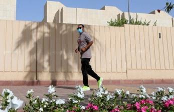 Ada Jam Malam, Arab Saudi Terbitkan Izin Jalan Kaki