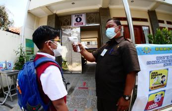 Nadiem Makarim Ingin Vaksinasi Dipercepat untuk Kejar PTM