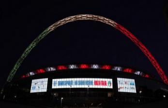 Stadion Wembley Nyalakan Lampu Stadion Warna Bendera Italia