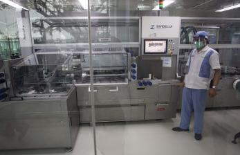 Menlu Harap Harga Vaksin Covid ASEAN dan Inggris Terjangkau