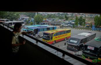 Operasional Bus AKAP di Terminal Kampung Rambutan Dihentikan