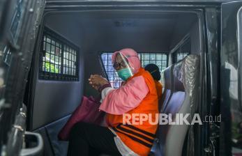 In Picture: KPK Periksa Anggota DPRD Sumut Tersangka Kasus Korupsi
