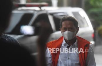 KPK Perpanjang Masa Penahanan RJ Lino