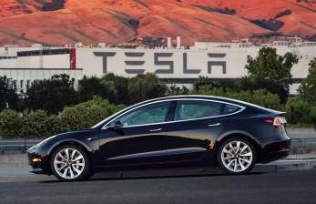 India Janji Berikan Insentif untuk Tesla