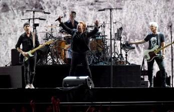 Gitaris U2 Luncurkan <em>Strap</em> Gitar untuk Sumbang Pengungsi