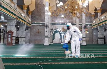 JK: Masjid di Jakarta Akan Dibuka untuk Shalat Jumat, Tapi..