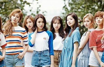 TWICE Rilis Mini Album ke Sembilan 'More & More'