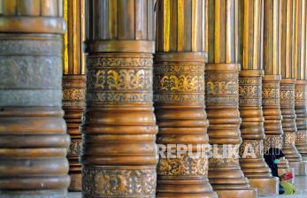 In Picture: Masjid Seribu Tiang Atau Masjid Agung Al-Falah di Jambi