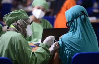 Jokowi Ingin Vaksinasi Bagi Warga Rusun Diprioritaskan