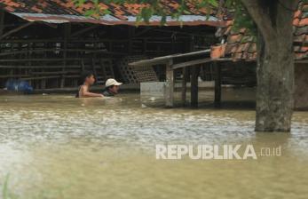 408 Korban Banjir Jember Mengungsi