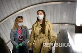 Masih Pandemi, Perlukah Pakai Sarung Tangan Saat Belanja?