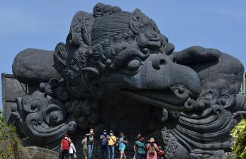 Pariwisata Dibuka, 8 Negara Jadi Sorotan Pemerintah
