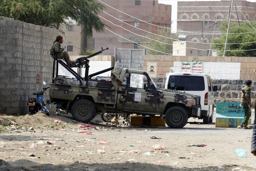 [ilustrasi] Milis Houthi di Sana'a, Yaman.
