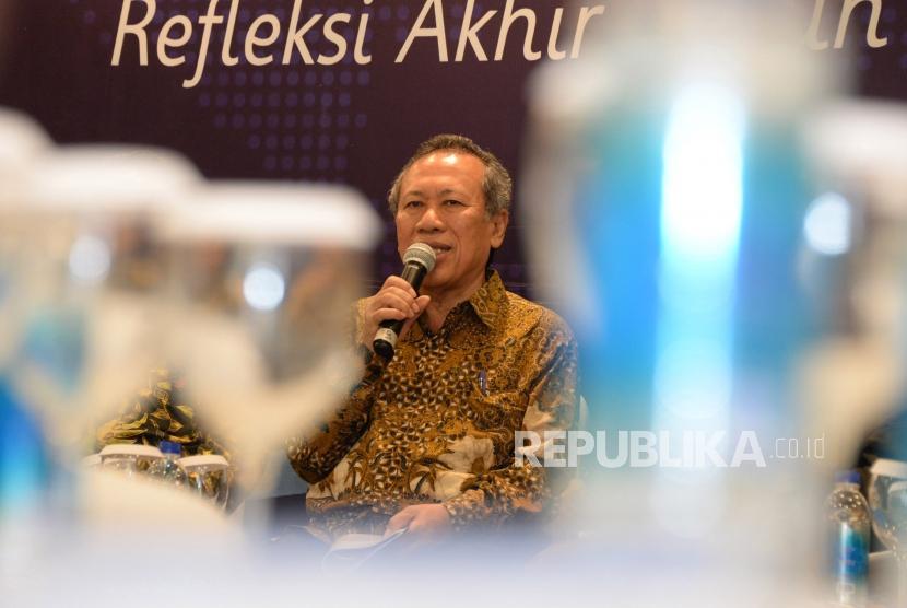 Utusan Khusus Presiden Untuk Dialog dan Kerjasama Antar Agama dan Peradaban (UKP-DKAAP) Syafiq A. Mughni bersama para tokoh agama menjadi narasumber dalam refleksi akhir tahun dan proyeksi awal tahun di Jakarta, Kamis (13/12).