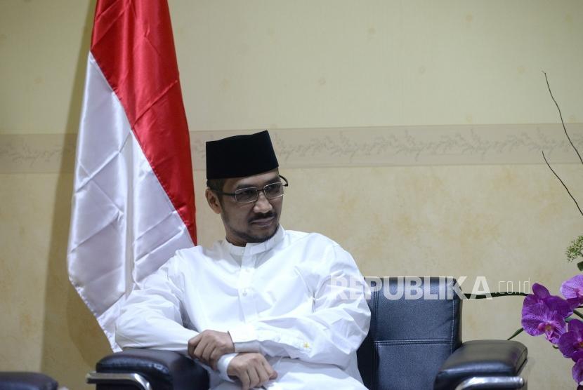 Abraham Samad Datangi DPP PKS. Mantan Ketua KPK Abraham Samad menunggu Presiden PKS di Kantor DPP PKS Jakarta, Kamis (24/5).