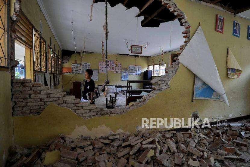 Bagunan sekolah yang rusak (ilustrasi)