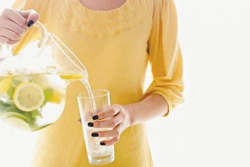 5 Manfaat Minum Lemon Sebelum Tidur Anda Wajib Coba Republika Online