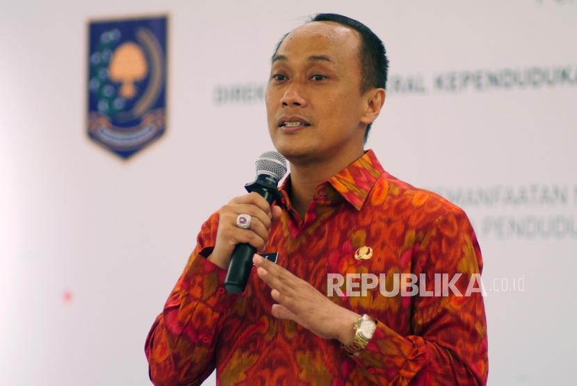 Direktur Jenderal Kependudukan dan Pencatatan Sipil  Prof. Dr. Zudan Arif Fakrulloh Sh, MH.
