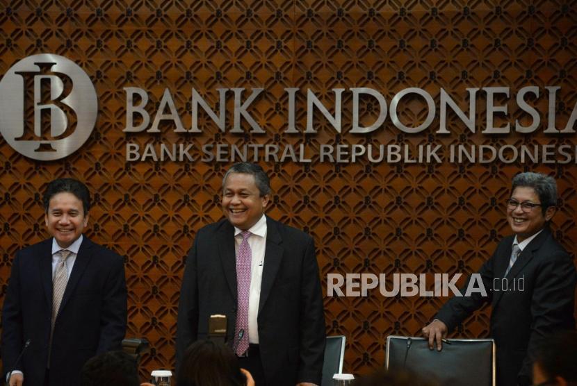 Bank Indonesia (BI): Gubernur Bank Indonesia (BI) Perry Warjiyo berisap menyampaikan pemaparan hasil Rapat Dewan Gubernur (RDG) Bank Indonesia di Bank Indonesia, Jakarta, Kamis (21/2).