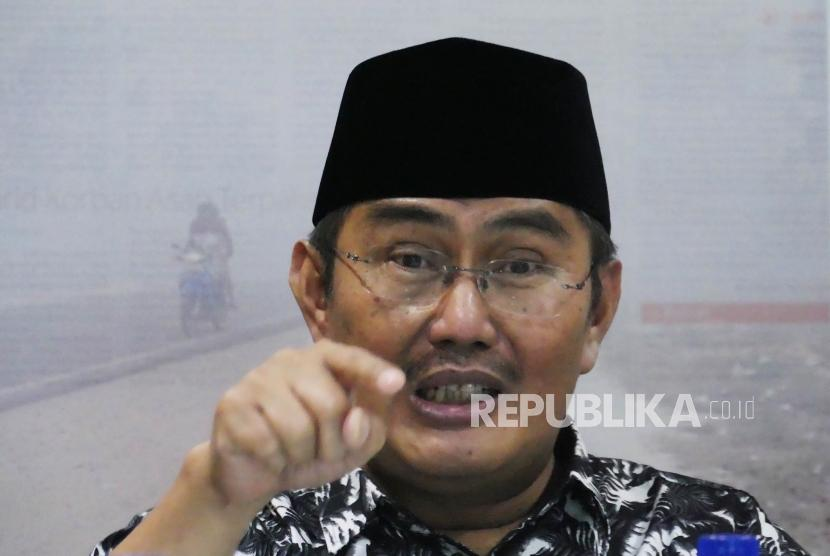Ketua Umum Ikatan Cendekiawan Muslim Indonesia (ICMI) Jimly Assidiqie di kantor Republika Jakarta, Kamis (11/4).