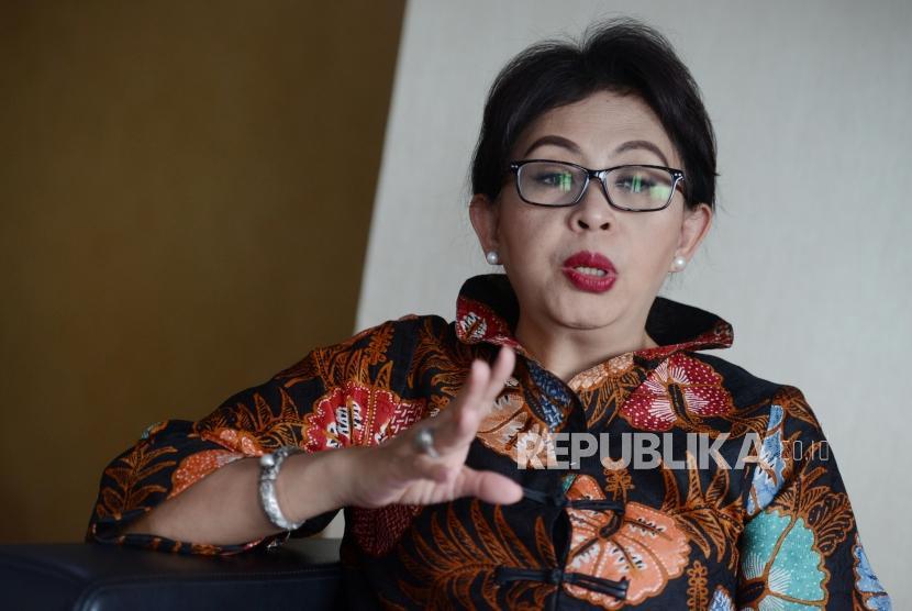 Direktur Jenderal Pengelolaan Limbah, Sampah dan Bahan Beracun Berbahaya Kementerian Lingkungan Hidup dan Kehutanan (LHK) Vivien Rosa memberikan keterangan saat diwawancara di Jakarta, Selasa (29/1).