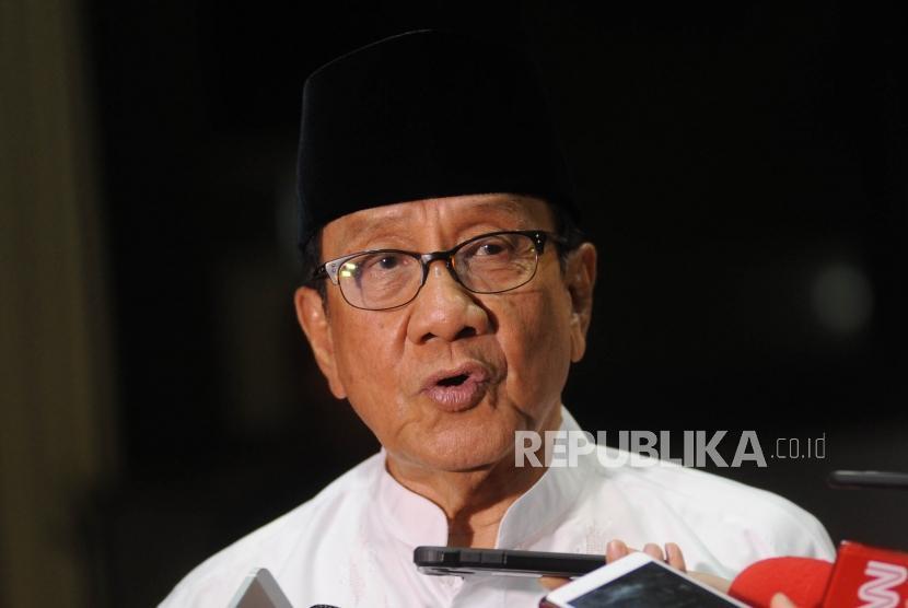Wakil Ketua Dewan Kehormatan Partai Golkar - Akbar Tandjung