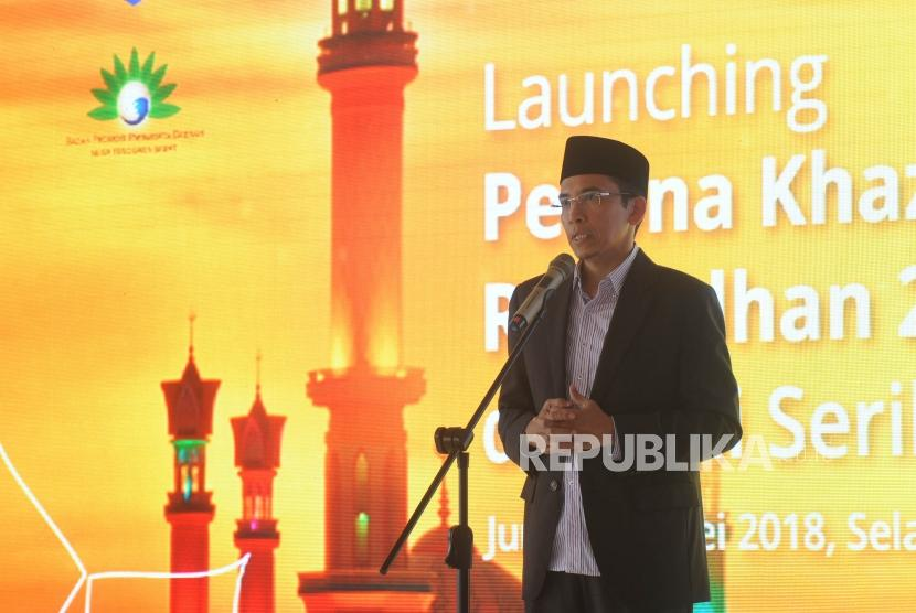 Gubernur NTB, Tuan Guru Bajang, Muhammad Zainul Majdi  memberikan sambutan  dalam acara launching  Pesona Khazanah Ramadhan di Masjid Istiqlal, Jakarta, Jumat (11/5).