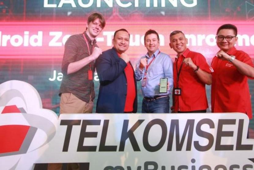 Telkomsel Gaet Google Hadirkan Solusi Berbasis Android untuk Korporat. (FOTO: Sufri Yuliardi)