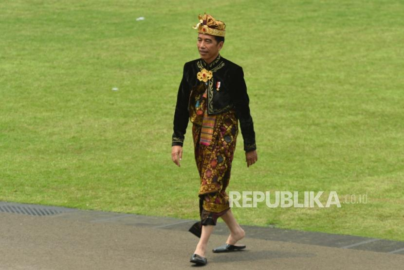 President Joko Widodo after becoming inspector of the ceremony to commemorate the proclamation of Indonesia's independence at the Merdeka Palace, Jakarta, Saturday (17/8).