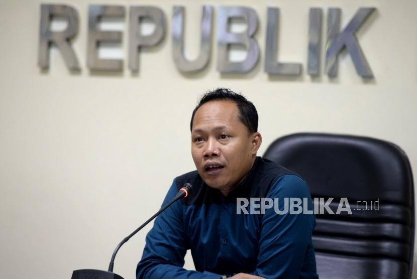 Potret Dana Kampanye. Deputi Koorinator Nasional JPPR Sunanto memaparkan hasil pemantauan dana kampanye Pilkada Serentak di Kantor Bawaslu, Jakarta, Rabu (20/1).