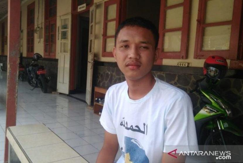 Siswa SMK ini Selamatkan Polisi Terbakar di Cianjur
