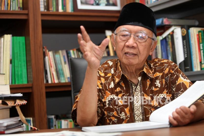 Pengasuh Pondok Pesantren Tebu Ireng Salahuddin Wahid
