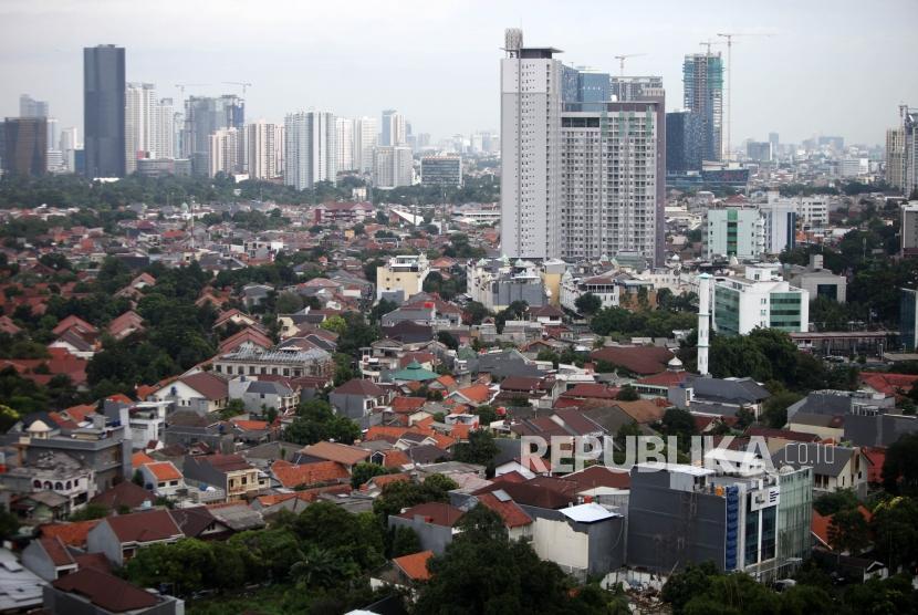 Suasana permukiman padat di Kawasan Kota Jakarta, Senin (15/1).