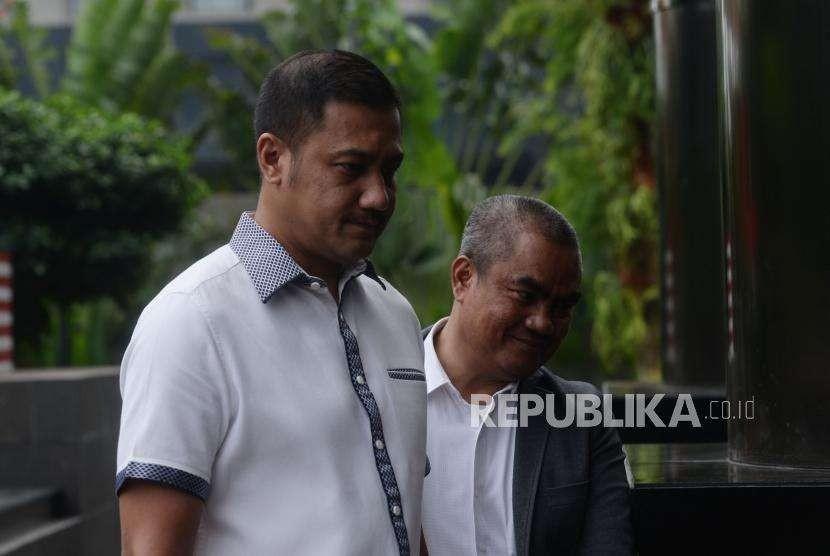Businessman Teuku Rafly Pasya arrives at Corruption Eradication Commission (KPK) in Jakarta, Friday (Sept 14).