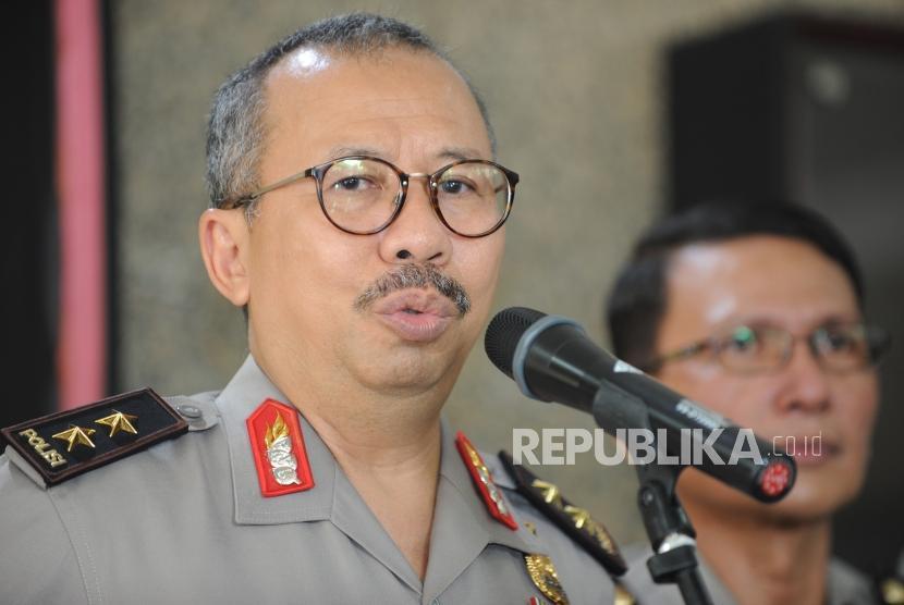 Kepala Divisi Humas Polri Irjen (Pol) Setyo Wasisto  memberikan keterangan kepada wartawan mengenai pertemuan Kapolri dengan Ketua Dewan Pengarah Badan Pembinaan Ideologi Pancasila (BPIP) Megawati Soekarnoputri di Mabes Polri, Jakarta, Rabu (21/3).