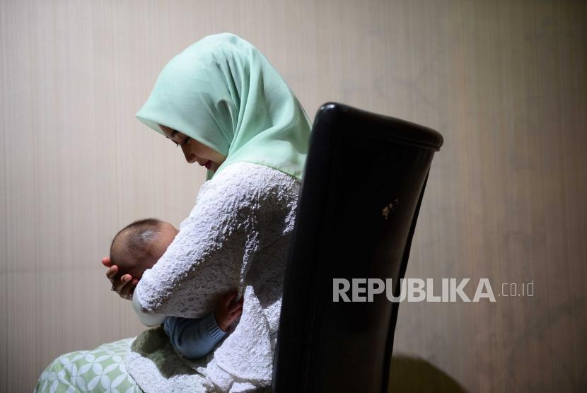 Ibu Tak Mampu Mengasuh Anak Ini Penggantinya Menurut Islam Republika Online
