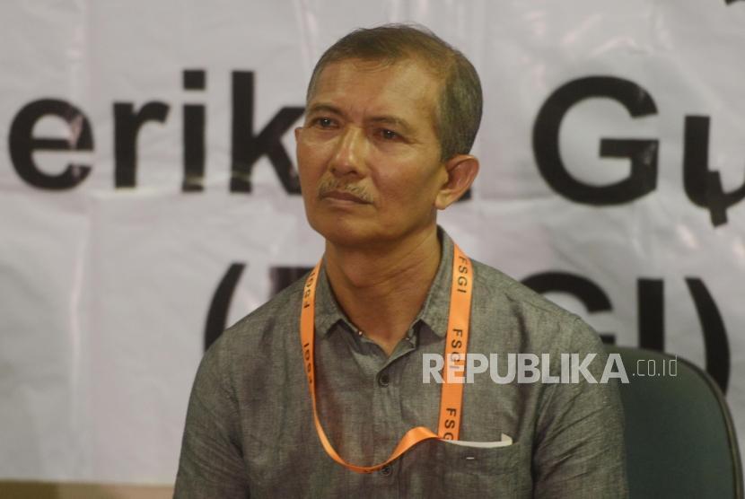 Sekjen Federasi Serikat Guru Indonesia (FSGI) - Heru Purnomo