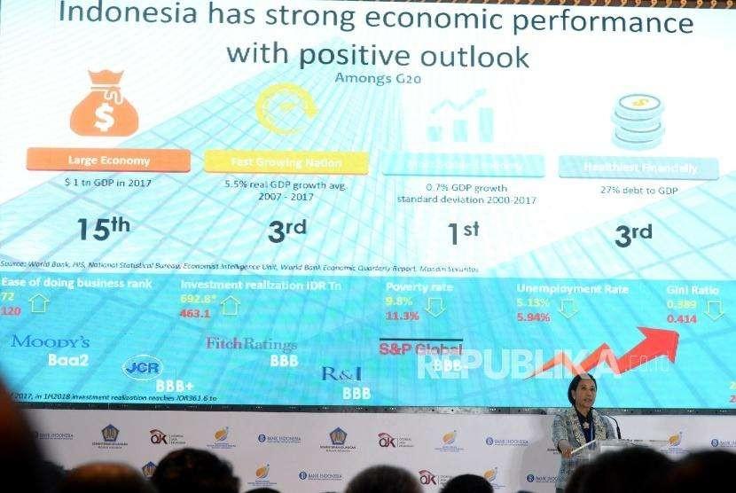 Penawaran Investasi Indonesia. Menteri BUMN Rini Soemarno memberikan paparan saat Indonesia Invesment Forum 2018 di Nusa Dua, Bali, Selasa (9/10).