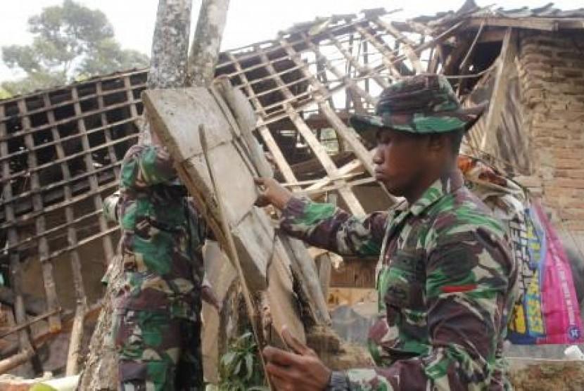 BMKG: Sesar di Wilayah Sukabumi dan Mamuju Sedang Aktif