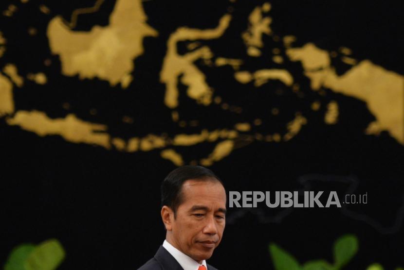 Presiden Joko Widodo sebelum mengumumkan pemindahan ibukota negara di Istana Merdeka, Jakarta, Senin (26/8).