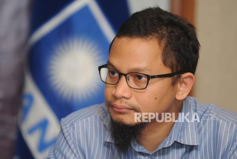 Wakil Ketua Komisi 1 DPR RI Hanafi Rais