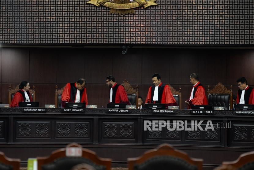 [ilustrasi] Majelis hakim konstitusi dalam suatu sidang di gedung MK, Jakarta.