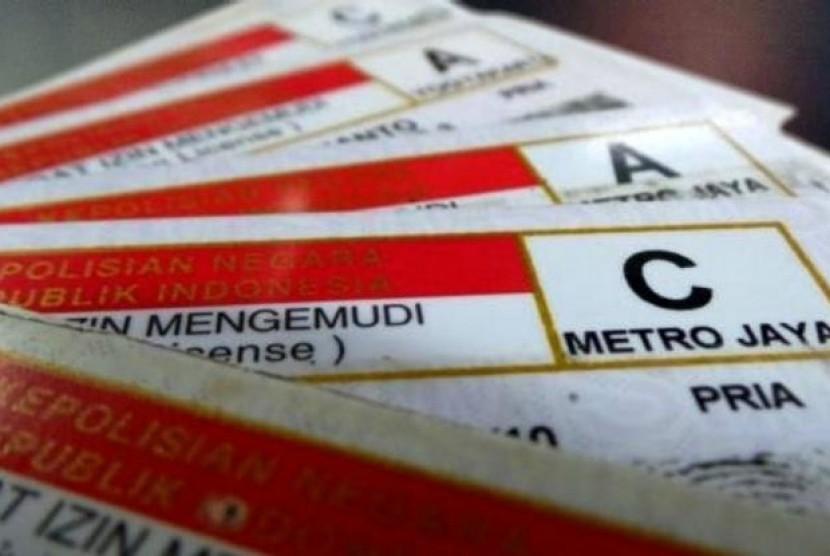 Canggih Nih, Smart SIM Lisensi Mengemudi Bisa Jadi Uang Elektronik. (FOTO: polri.go.id)