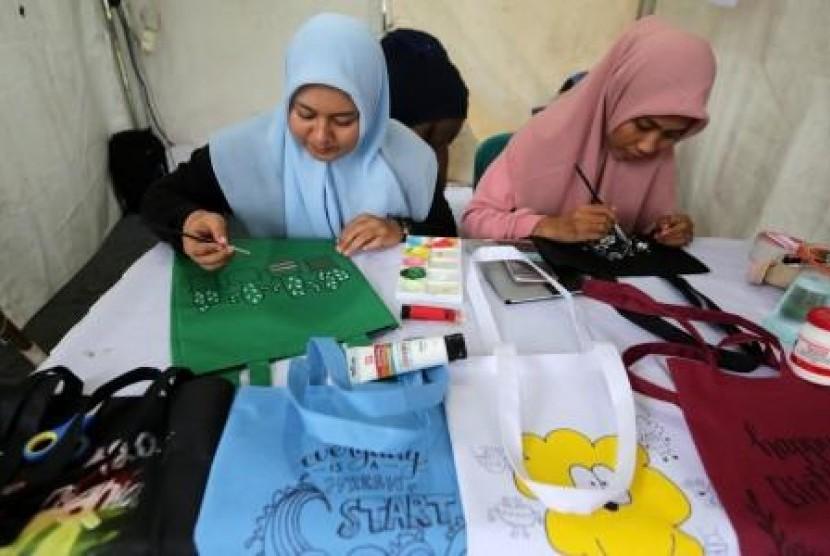 Kabupaten Bekasi Siapkan Regulasi Pembatasan Kantong Plastik