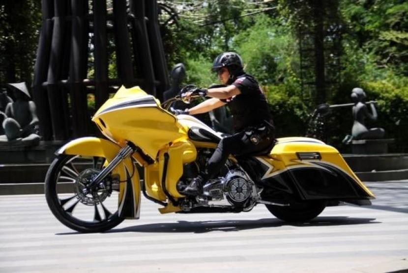 Modifikasi Harley Davidson Predator Jalan Raya Republika Online