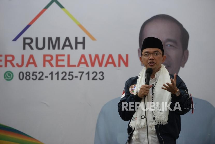 Deklarasi Gontorians Dukung Jokowi-Amin. Direktur Relawan TKN Jokowi-Maruf Amin, Maman Imanul Haq menyampaikan paparan saat deklarasi dukungan Gontorians kepada Paslon Jokowi-Amin di Jakarta, Selasa (29/1/2019).