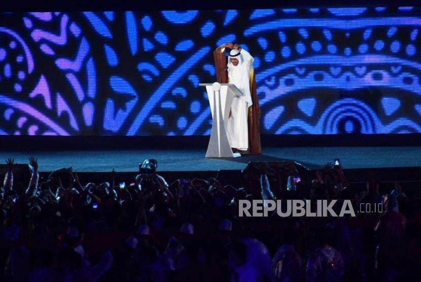 Presiden Dewan Olimpiade Asia (OCA) Syeikh Ahmad Al Fahad Al Sabah  memberikan sambutan dalam penutupan Asian Games ke 18 di SUGBK, Jakarta, Ahad, (2/9).