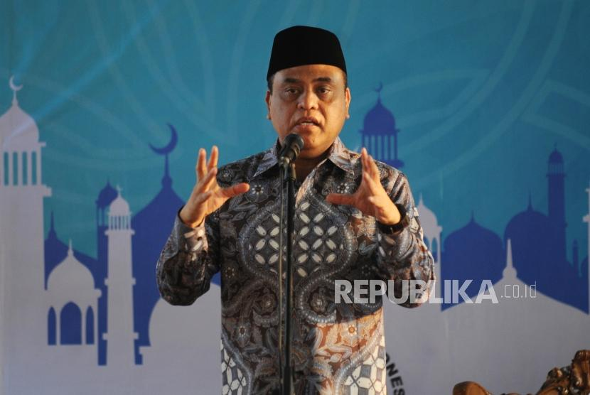 Wakil Ketua Umum Dewan Masjid Indonesia Komjen Pol H Syafruddin
