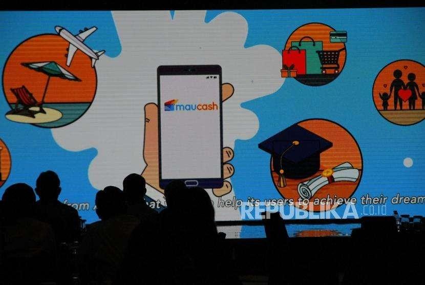 Peluncuran PT Astra WeLab Digital Arta. Fitur maucash saat diluncurkan pada pembentukan perusahaan bidang fintech PT AWDA di Jakarta, Rabu (5/9).
